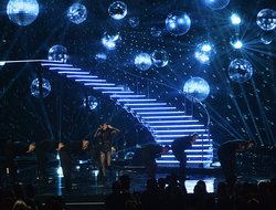 American Music Awards 2015, with lighting design by Robert Dickinson. Photo by Kevin Winter, Getty Images.