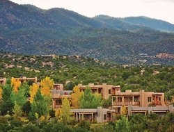 Pery arrived at the Resort, located minutes from downtown Santa Fe, New Mexico, after 11 years with Four Seasons.