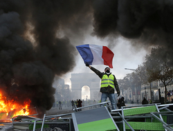 Paris protester