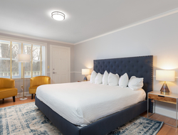 A renovated King Room at Seven Hills