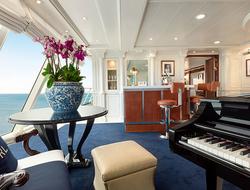 Oceania Riviera Owner's Suite