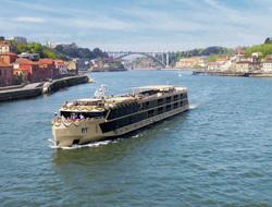 AmaWaterways river cruise ship, AmaDouro
