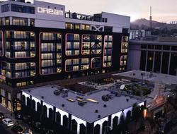 Dream Hotel Hollywood