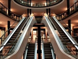 escalator (Pixabay)