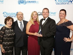 Cruises Inc. Agents of the Year Dinah and Michael Cohen; 2017 Cruises Inc. Agent of the Year Lori Foster; General Manager of Network Engagement and Performance Drew Daly; and Senior Vice President Debbie Fiorino.