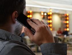phone talking (Pixabay)