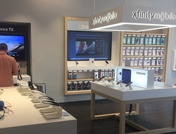 Comcast Xfinity Mobile store display