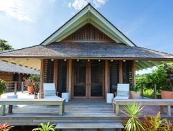 Tom Scheerer combines colonial elegance with contemporary beach feel for Islas Secas Reserve & Lodge.