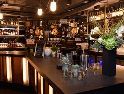 Analog at Hutton Hotel bar