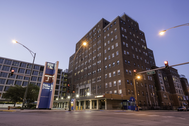 Chicago hospital