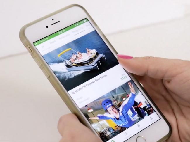 Groupon App smartphone