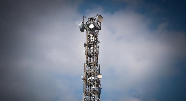 radio tower (pixabay)