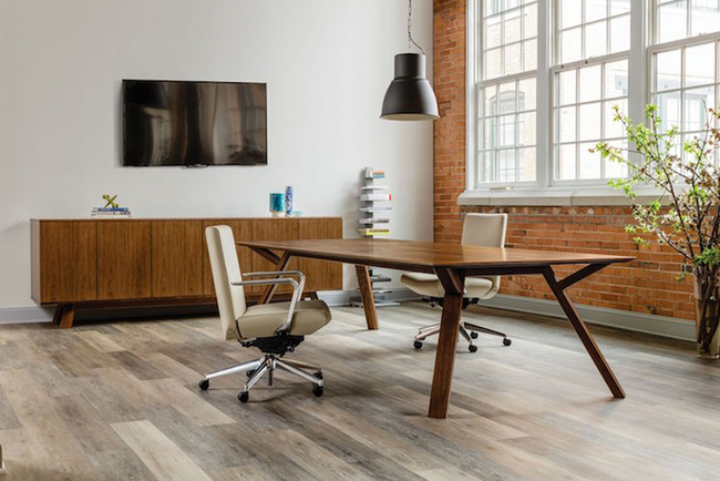 Designed with minimalistic office spaces in mind, the collection includes a variety of furniture options.