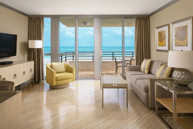 Hilton Bentley Miami/South Beach pays homage to South Florida landscape with room renovation.